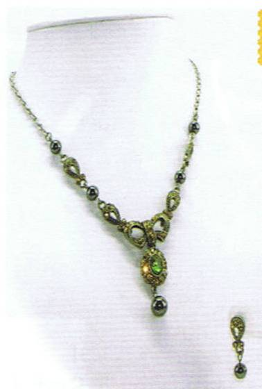 Magnetic Necklace & Earrings Set Amber Green